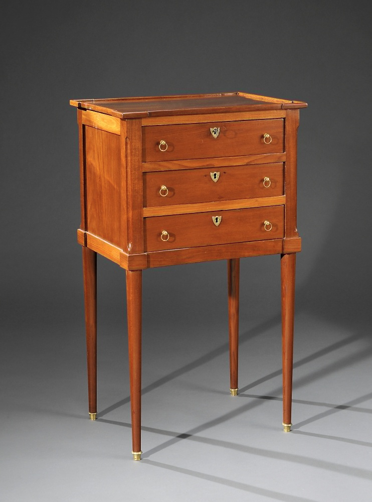 Table volante trois tiroirs louis xvi antiquaire christophe lachaux rue de s vres paris - Estimation de meubles anciens ...