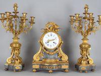 Horloge en bronze - Style Louis XVI