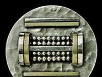 Jean DESPRES - Broche en métal et argent