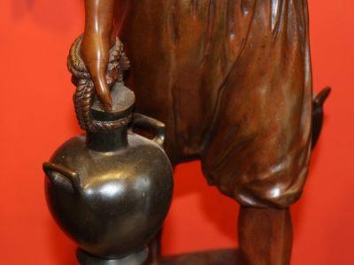 DEBUT - Porteur d'eau Tunisien - Bronze à patine médaille - XIXème - XXème