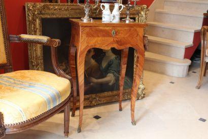 Table volante louis xv l boudin antiquaire christophe for Antiquaire lille meuble